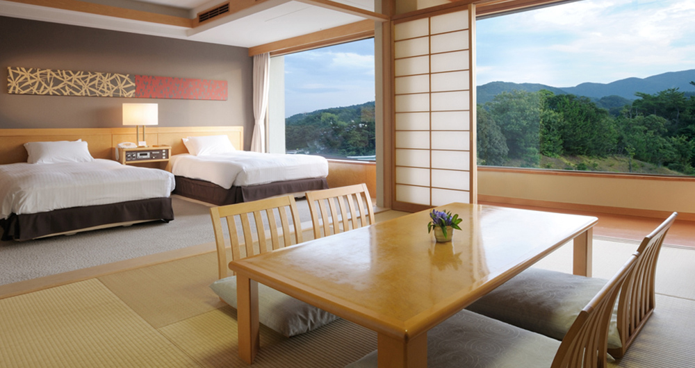 Twin with Tatami Room
