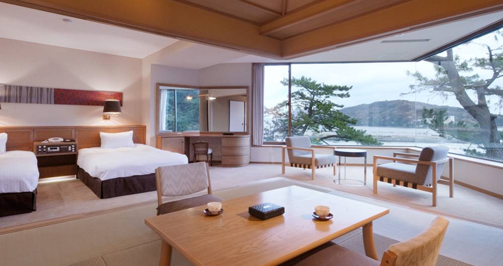 Harbor View Twin with Tatami Room